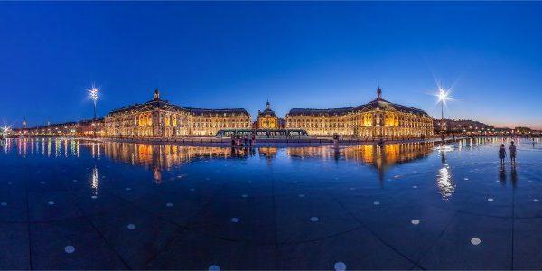 Bordeaux fascino come segno distintivo. Eleganza come vocazione