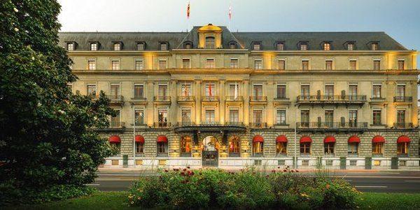 Hotel Metropole Geneve modern style e riflessi di lago