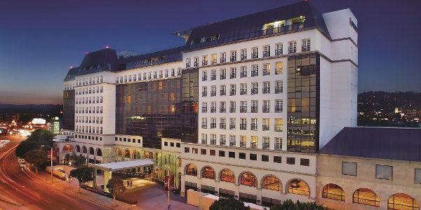 Sofitel Los Angeles at Beverly Hills. Live, stars and glamour