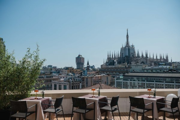 Terrazza Latitude 45 Lifestyle Con Vista Duomo Food Drink