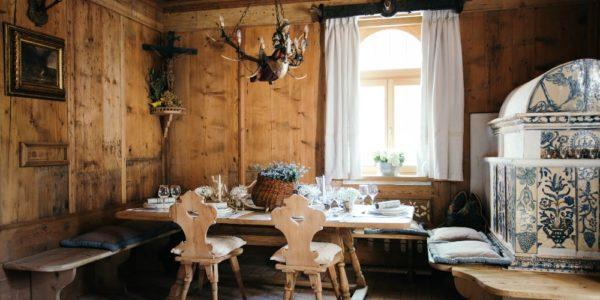 Schlosswirt Forst, anima del tempo, poesia del gusto by Luis Haller