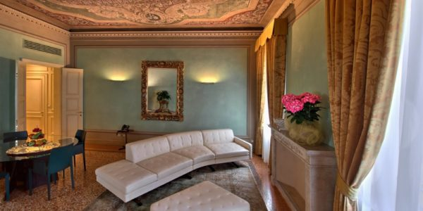 Rua Frati 48 in San Francesco, charme and authentic hospitality