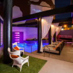 Hotel Derek Houston, diversity of style, eclectic personality